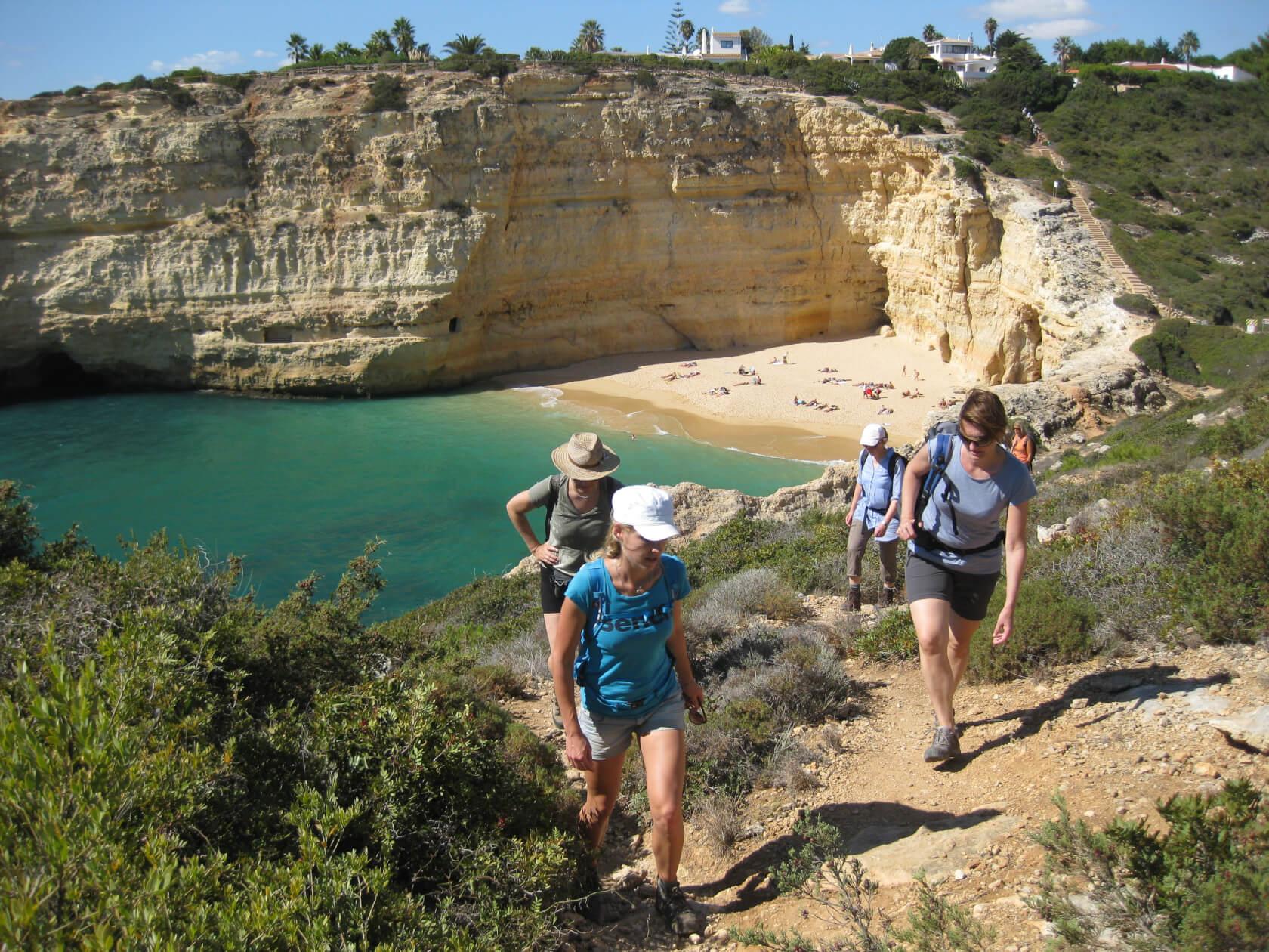 Klippenwanderung – die Felsenalgarve von ihrer schönsten Seite