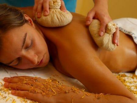 Yoga am Meer - Massage im Suites Alba