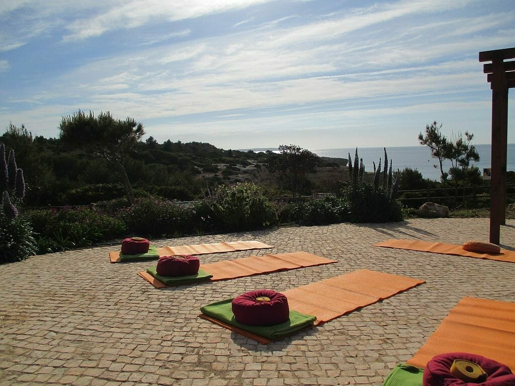 Yoga Urlaub 2018 - Outdoor Yoga Suites Alba