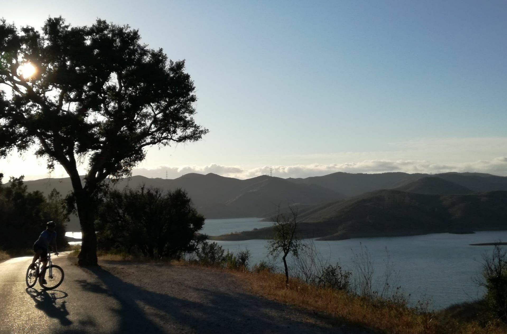 e-Mountainbike Touren in traumhafte Naturlandschaften der Algarve