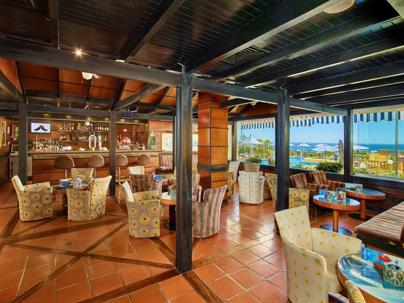 Loungebar Retreat Venue Baia Cristal