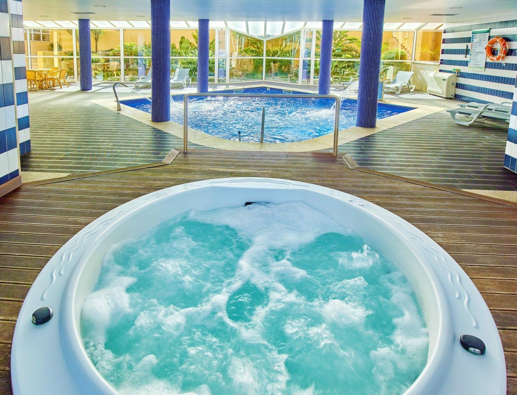 Spa and Indoor Pool Retreat Venua Baia Cristal